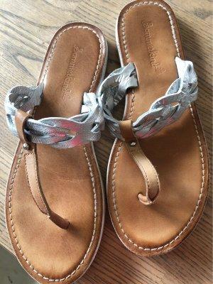 Flache, stylische Sandalen von Sommerkind