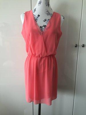 Flamingo farbendes Kleid von Zara