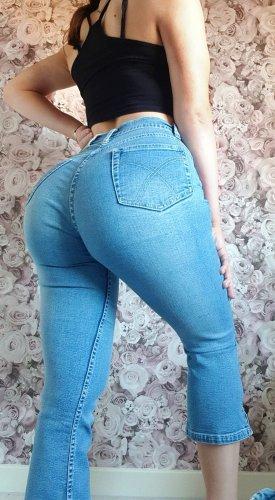 Flared Jeans High waist Pushup Booty tailliert dreiviertel