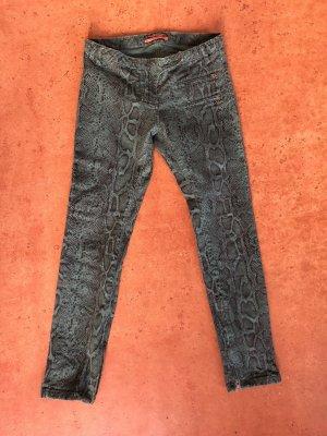 flaschengrüne Schlangenprint Jeans