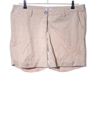 FlashLights High-Waist-Shorts cream casual look