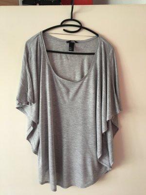 Flattershirt in Grau