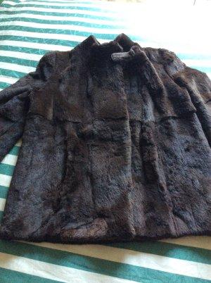 Veste de fourrure brun foncé fourrure