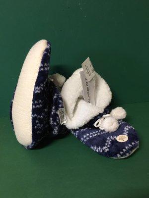 taubert Kapcie z włóczki biały-ciemnoniebieski