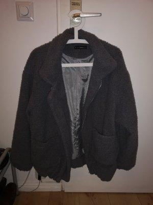 flauschige Herbst und Winter Jacke, dickes Material, hellgrau