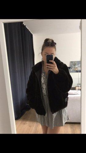 Zara Veste en fausse fourrure noir