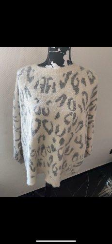 Yessica Polarowy sweter w kolorze białej wełny-srebrny