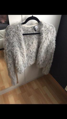 Veste en fourrure argenté-gris