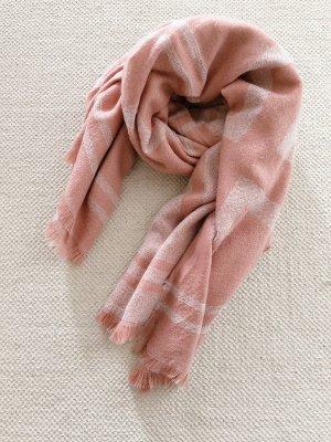 Flauschiger Schal in Rosa
