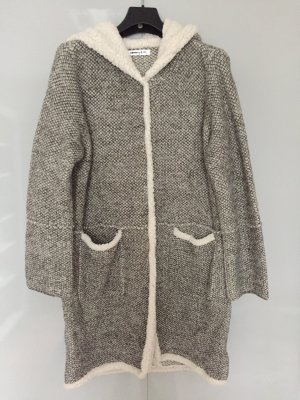 Flauschiger Strickmantel/Strickjacke
