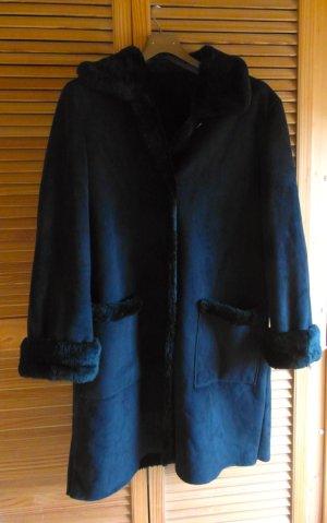 Flauschiger Wintermantel mit Teddyfell-Futter - schwarz - Gr. 42
