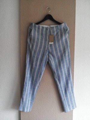 Fließende gestreifte Hose in weiß-hellblau, Größe 38, neu mit Etikett