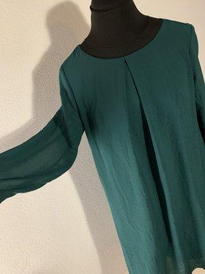Fließendes Kleid mit langen Ärmeln