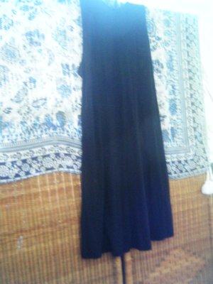 Fließendes leichtes Viskose Kleid mit Spitzenbesatz