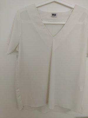 Fließendes weißes Creme T-Shirt Blusenshirt von Weekday in XS 34, wie neue
