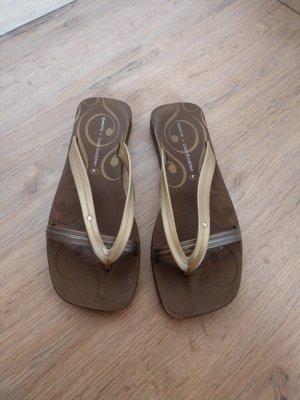 Ipanema Flip-Flop Sandals brown