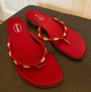 Graceland Flip-Flop Sandals red