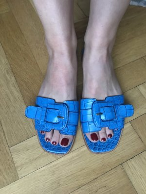 Musette Flip-Flop Sandals neon blue