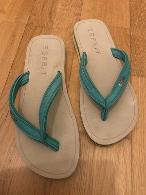 Esprit Flip-Flop Sandals cream-green