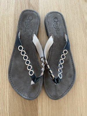 Queens & Sons Flip-Flop Sandals black-gold-colored