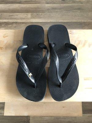 Havaianas Flip-Flop Sandals black-gold-colored