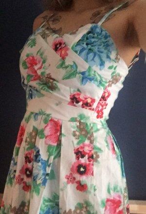 Floralprint-Kleid von One Green Elephant