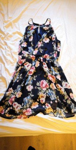 Floristisches Sommerkleid