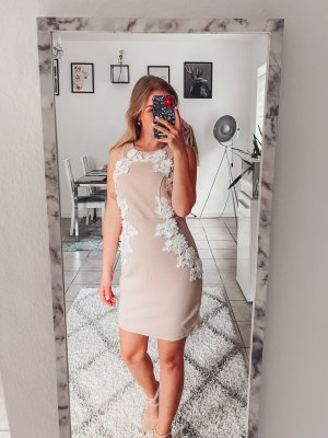Forever 21 Kleid Nude mit Spitze Gr 36/S