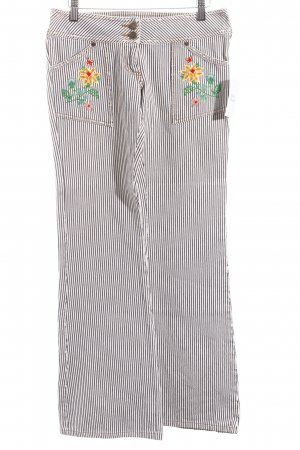 Fornarina Boot Cut Jeans Blumenmuster Street-Fashion-Look