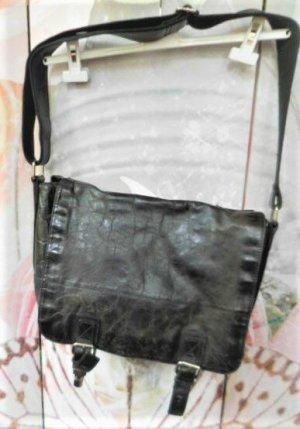 FOSSIL Umhängetasche Leder im used Look leider ist eine Schnalle defekt s. Bild, hat mich nicht gestört hoher Neupreis