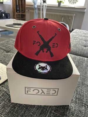 Foxed Baseball Cap brick red-black