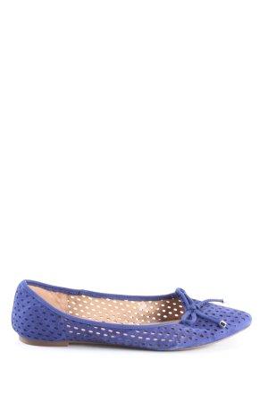 Franco Sarto Bailarinas con punta azul look casual
