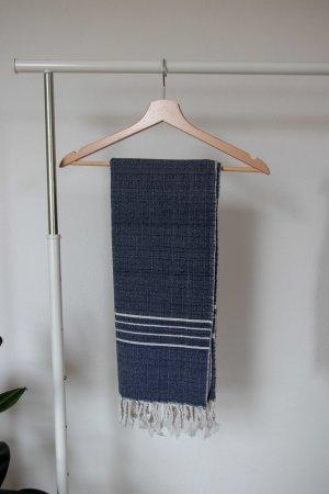 Sjaal met franjes donkerblauw-wit