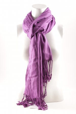 Fringed Scarf lilac casual look