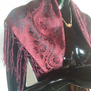Traditional Scarf black-dark red