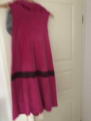 Robe à capuche rose-brun noir