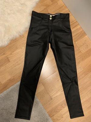 Freddy pantalón de cintura baja negro
