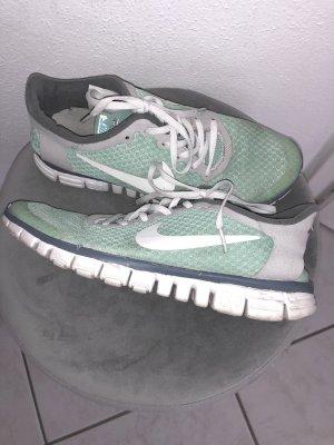 Free 3.0 Nike mint grau