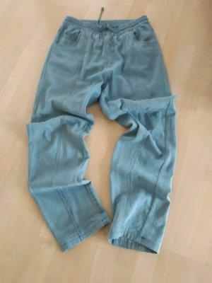 Pantalón deportivo azul celeste