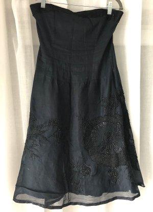 French Connection Kleid Sommerkleid schwarzes Kleid blau Cocktailkleid trägerloses Baumwollkleid Blumen Stickerei