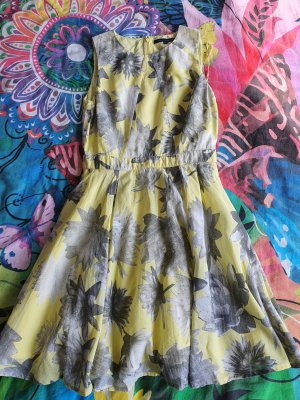 French Connection sommerkleid
