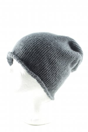 Friendly Hunting Knitted Hat light grey cable stitch casual look
