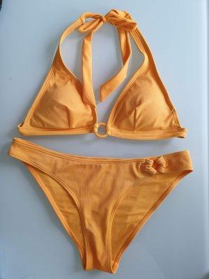 Fröhlich gelber Bikini in Gr. 34