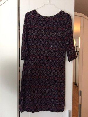 frühlingshaftes Kleid von ZERO
