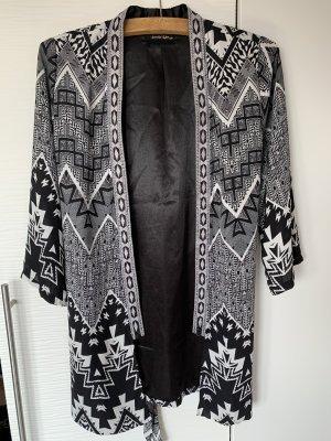 Frühlingsjacke schwarz weiß gemustert Kimono