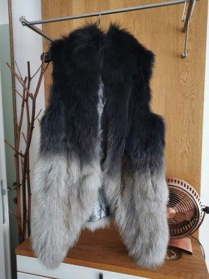 / Veste de fourrure noir-gris