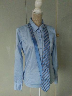 Tommy Hilfiger Szal krawatowy w kolorze białej wełny-baby blue Jedwab