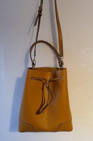 Furla Bucket Bag Stacy in schönem gelb