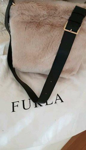 FURLA Fashion Week Bag aus Mailand sandfarben mit Lederschulterriemen