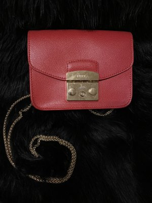 Furla metropolis crossbody rot red gold Sommer Frühling top